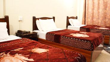triple bed 370